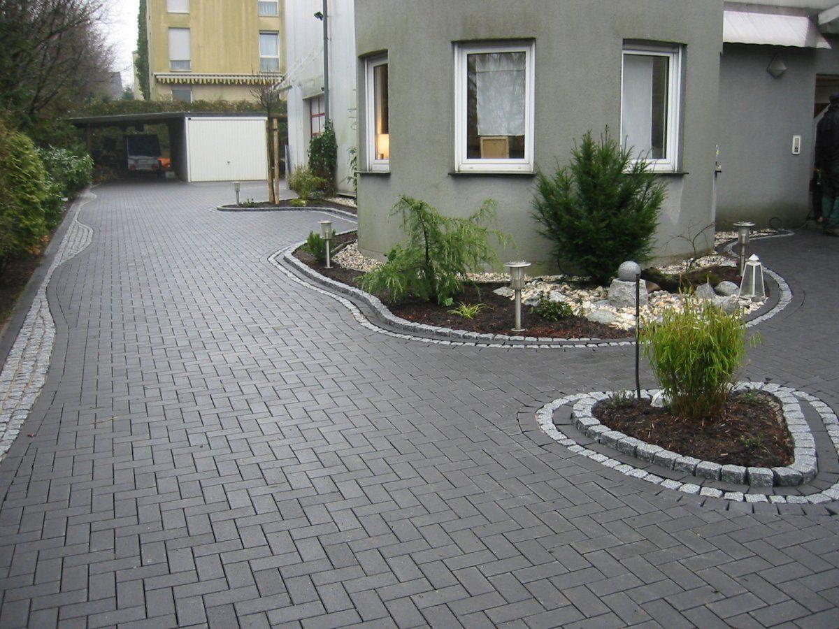 Betonrechteckpflaster mit Graniteinfassung | Garten- und Landschaftsbau Patrick Fink ...